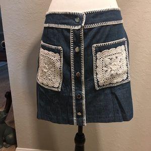 Denim skirt with crochet